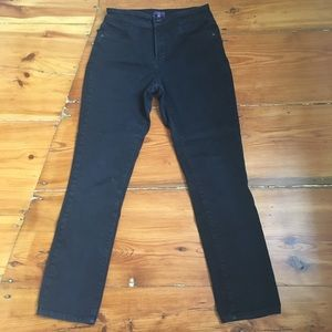 Not Your Daughters Jeans Black size 8